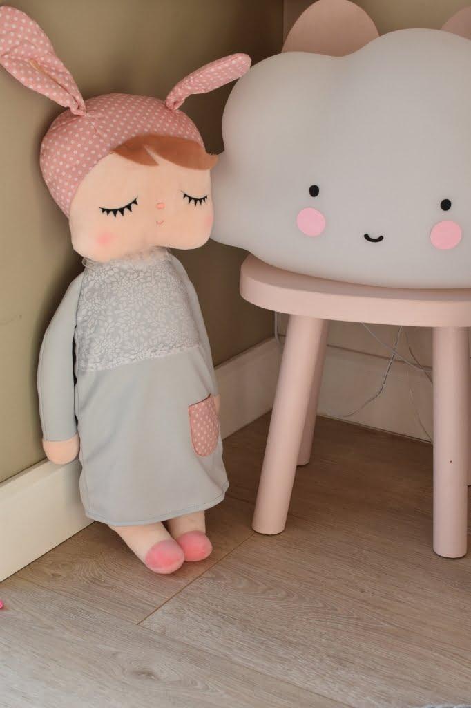 Spiaca bábika Metto XL