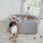 Suchý bazén pre deti 130x130x40 + 600 guličiek