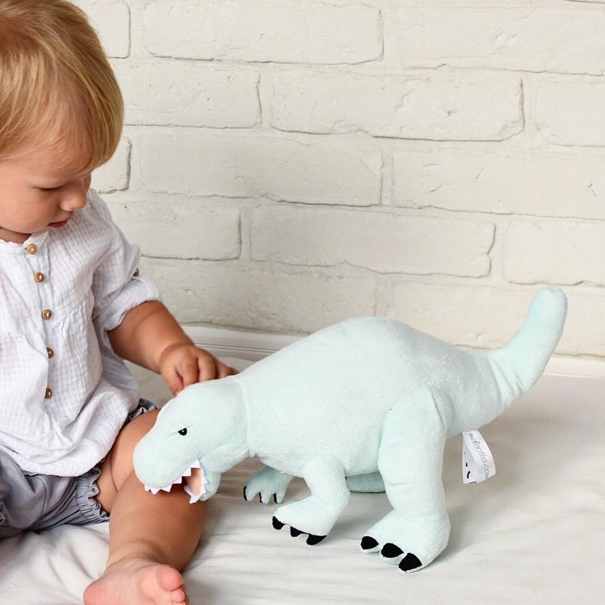 tyranosaurus-matova-M-dadaboom-sk