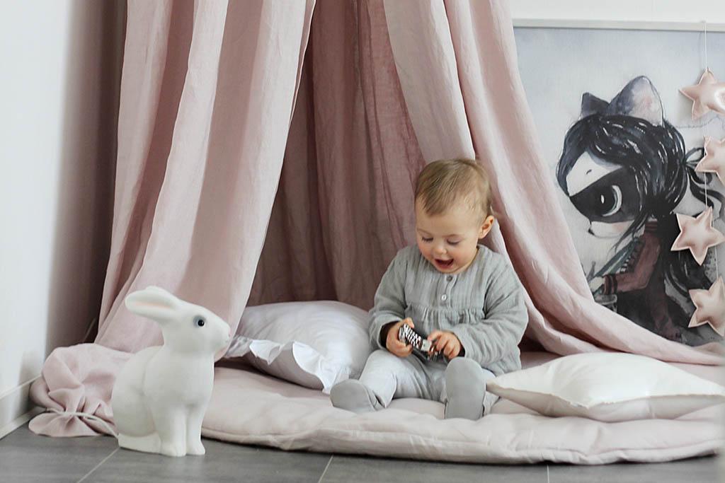 Baldachýn nad postieľku alebo posteľ zútulní každú detskú izbu
