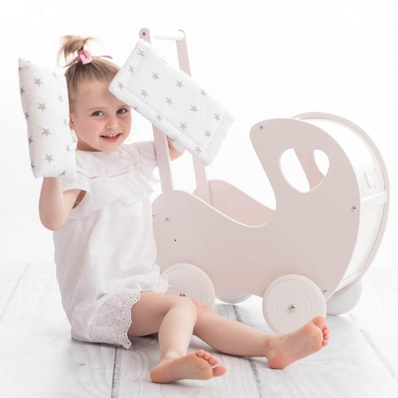 Drevený kočík pre bábiky - vyberáme spoločne