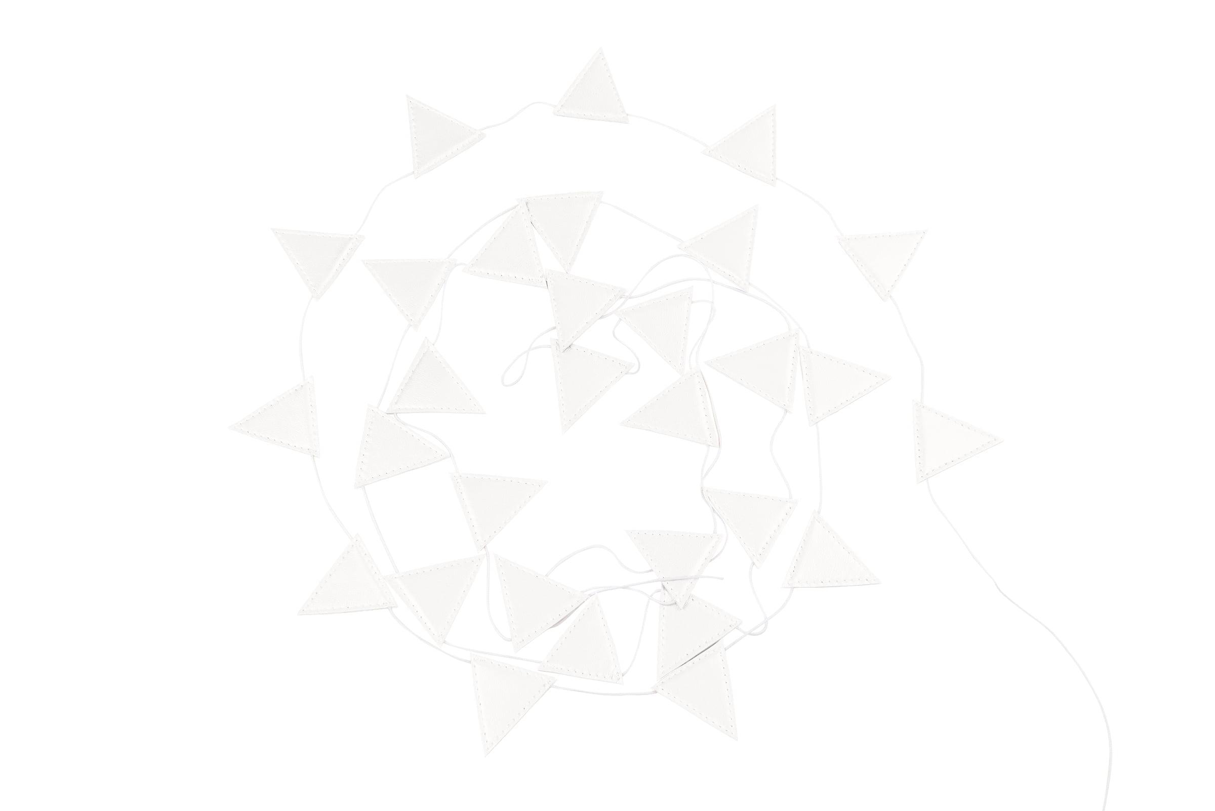 girlanda-trojuholnik-biela-dadaboom-sk
